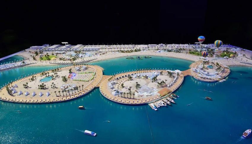 Dubai has launched a new 1km long beach destination – Sunset Promenade.